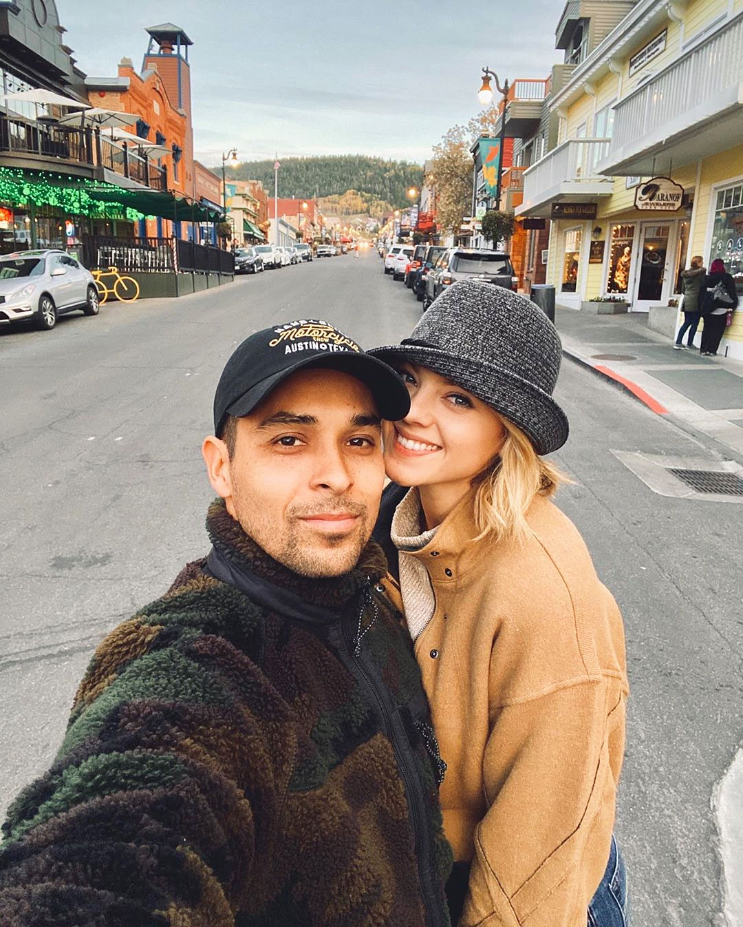 Wilmer Valderrama and Amanda Pacheco Engaged