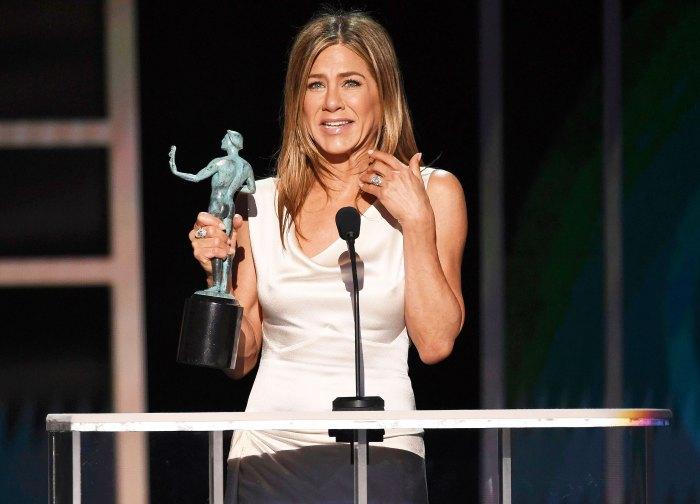 Winners Gallery Jennifer Aniston SAG 2020