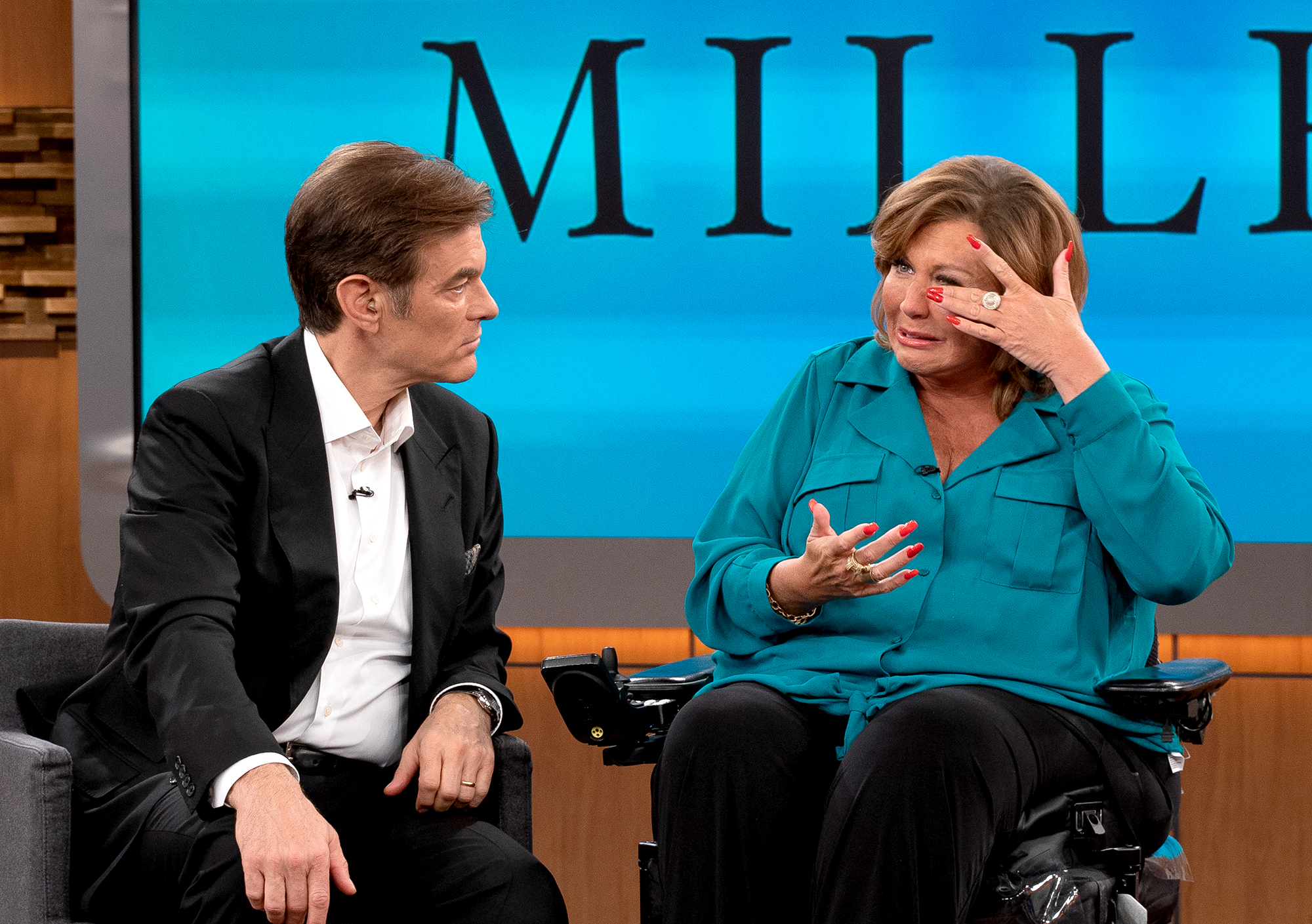 Abby-Lee-Miller-Tears-Up-on-'Dr.-Oz'-About-Needing-a-Wheelchair