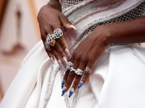 All the Deets Cynthia Erivo Touching Starry Night Manicure Oscars 2020