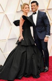 Best Oscars Couples 2020 - Kelly Ripa and Mark Consuelos