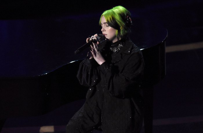 Billie Eilish Stuns With Emotional Beatles Cover at the Oscars 2020