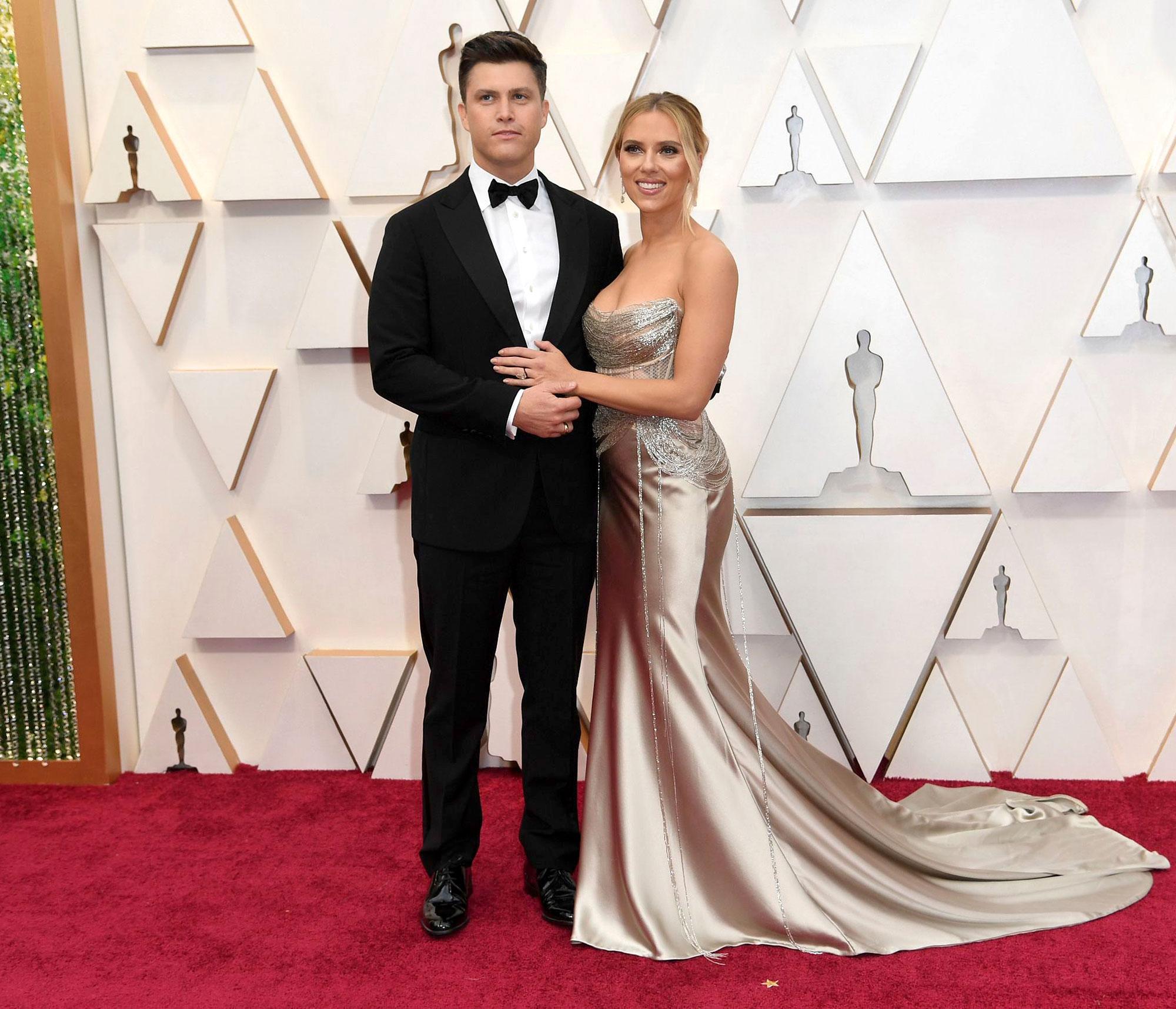 Oscars 2020 Kelly Ripa Mark Consuelos More Couples Hit Red Carpet