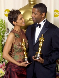 Halle-Berry-Denzel-Washington-first-African-Americans-to-win-Best-Actress-and-Best-Actor-in-same-ceremony