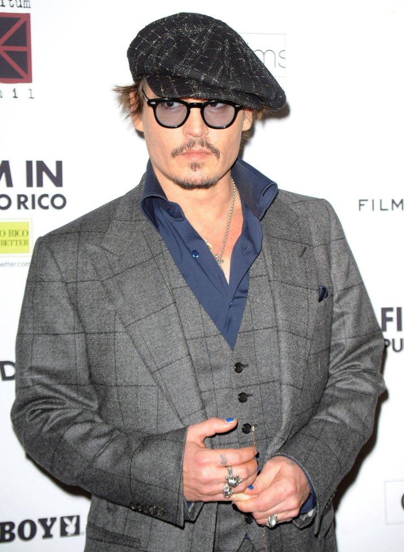 Hollywood Men Wearing Nail Polish - Johnny Depp