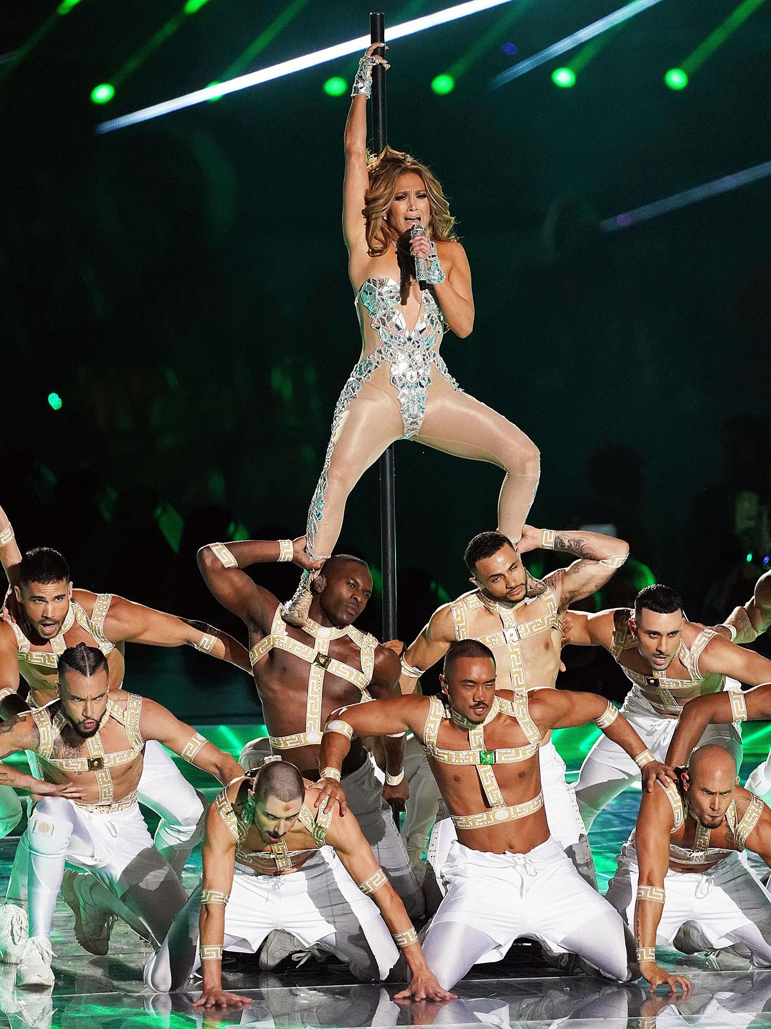 Jennifer Lopez Performing Super Bowl