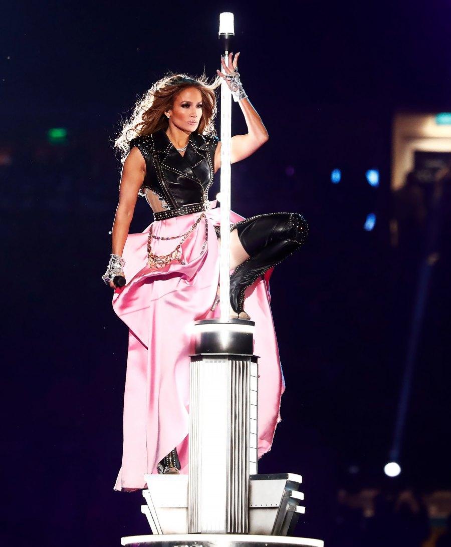 Jennifer Lopez Superbowl 2020 halftime looks 2