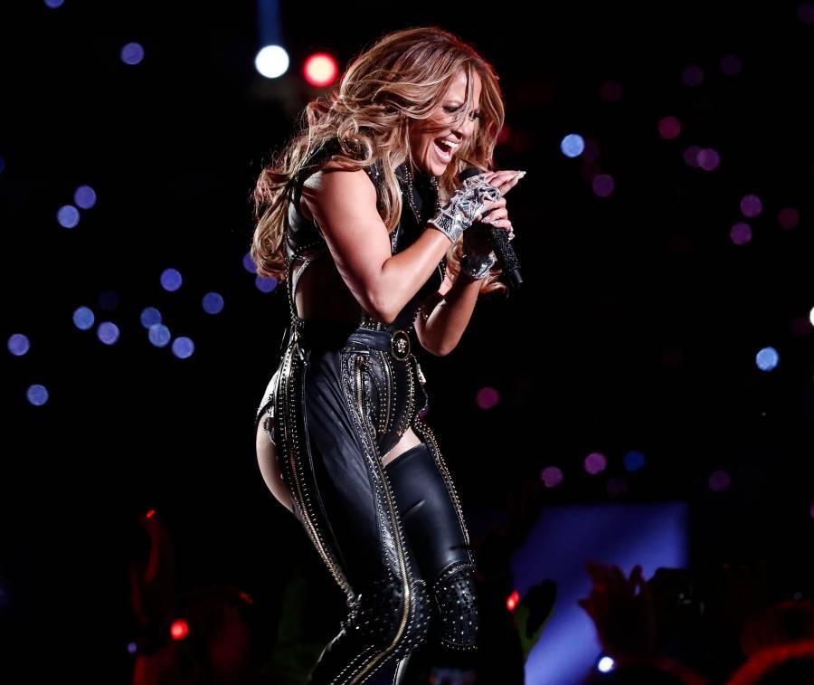 Jennifer Lopez Superbowl 2020 halftime looks