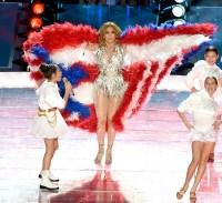Jennifer Lopez USA cape halftime show Superbowl 2020