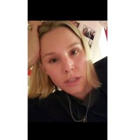 Kristen Bell's Daughter Washes Hair With Vaseline