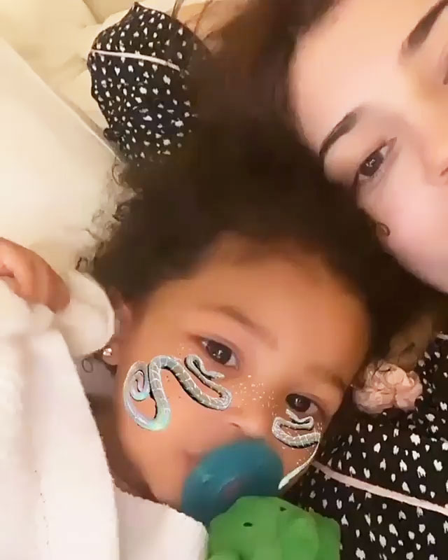Kylie Jenners Daughter Stormi Supports Her After Wisdom Teeth Surgery