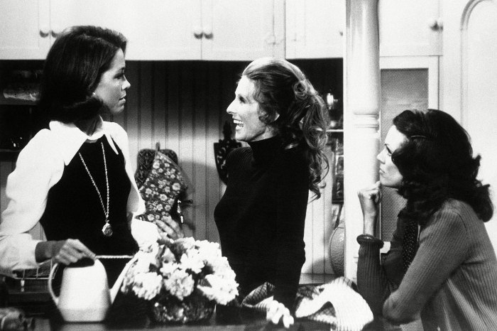 Mary Tyler Moore Cloris Leachman and Valerie Harper on The Mary Tyler Moore Show