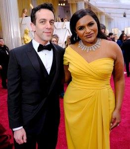 Mindy Kaling B.J. Novak Reunite Oscars 2020 Red Carpet
