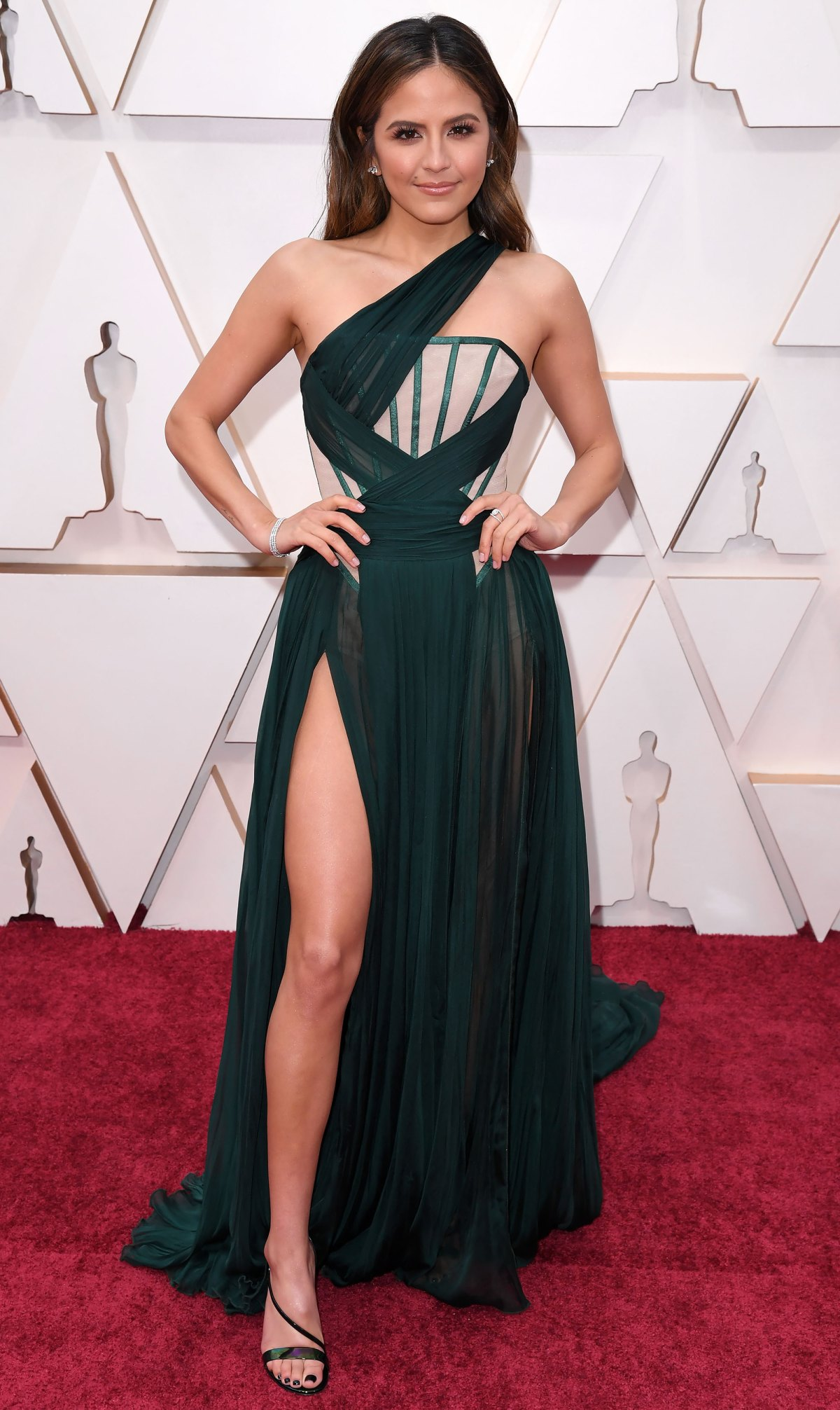Oscars 2020 Red Carpet Fashion See Celeb Dresses Gowns