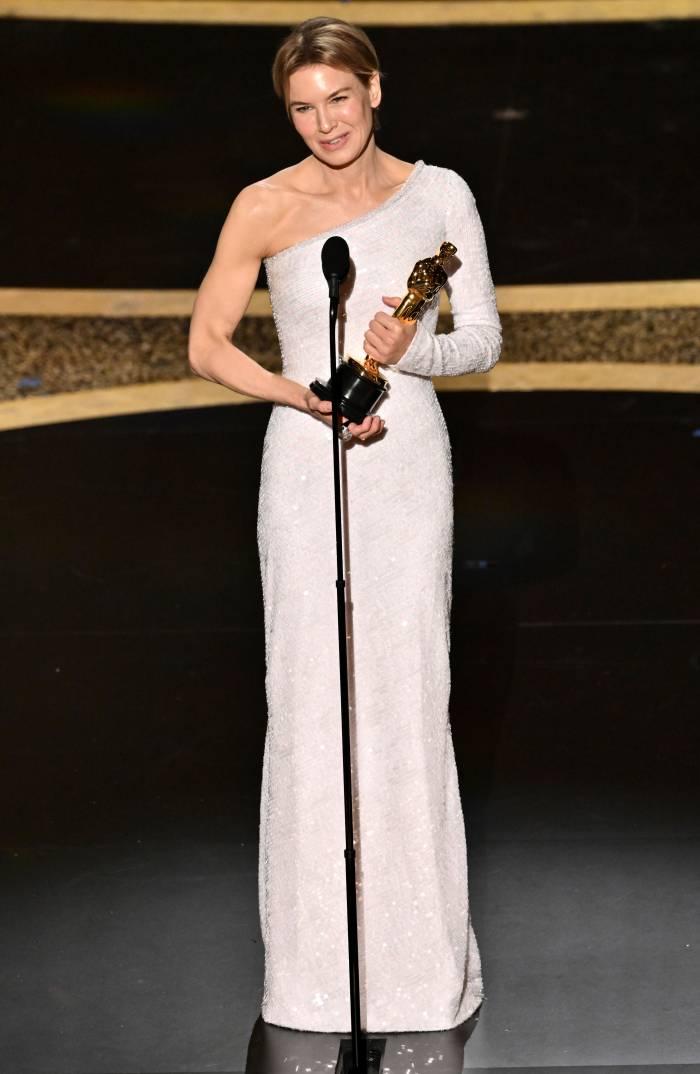 Oscars 2020 Renee Zellweger Wins Best Actress Award Judy