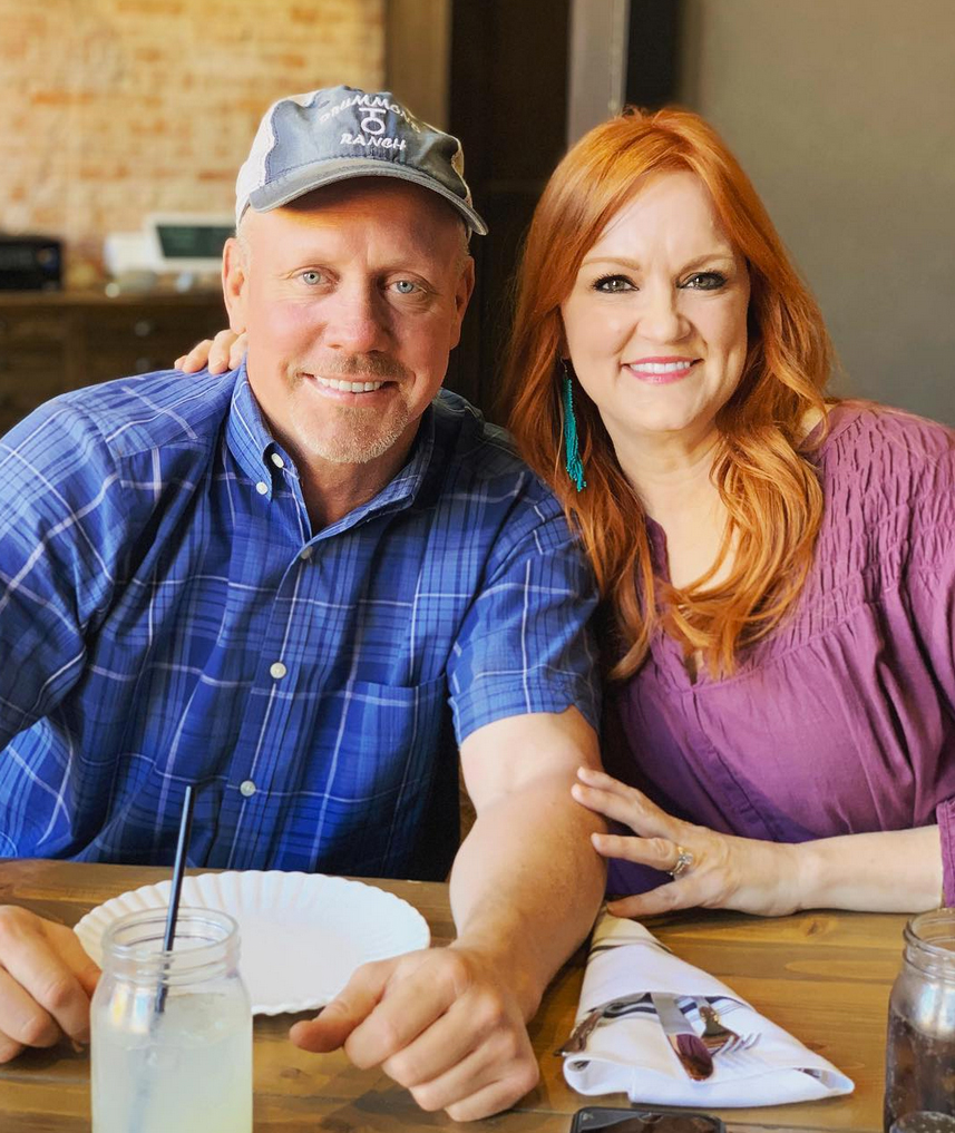 Ree-Drummond-Reveals-the-1-Thing-She-and-Ladd-Agree-on-for-Their-Dogs