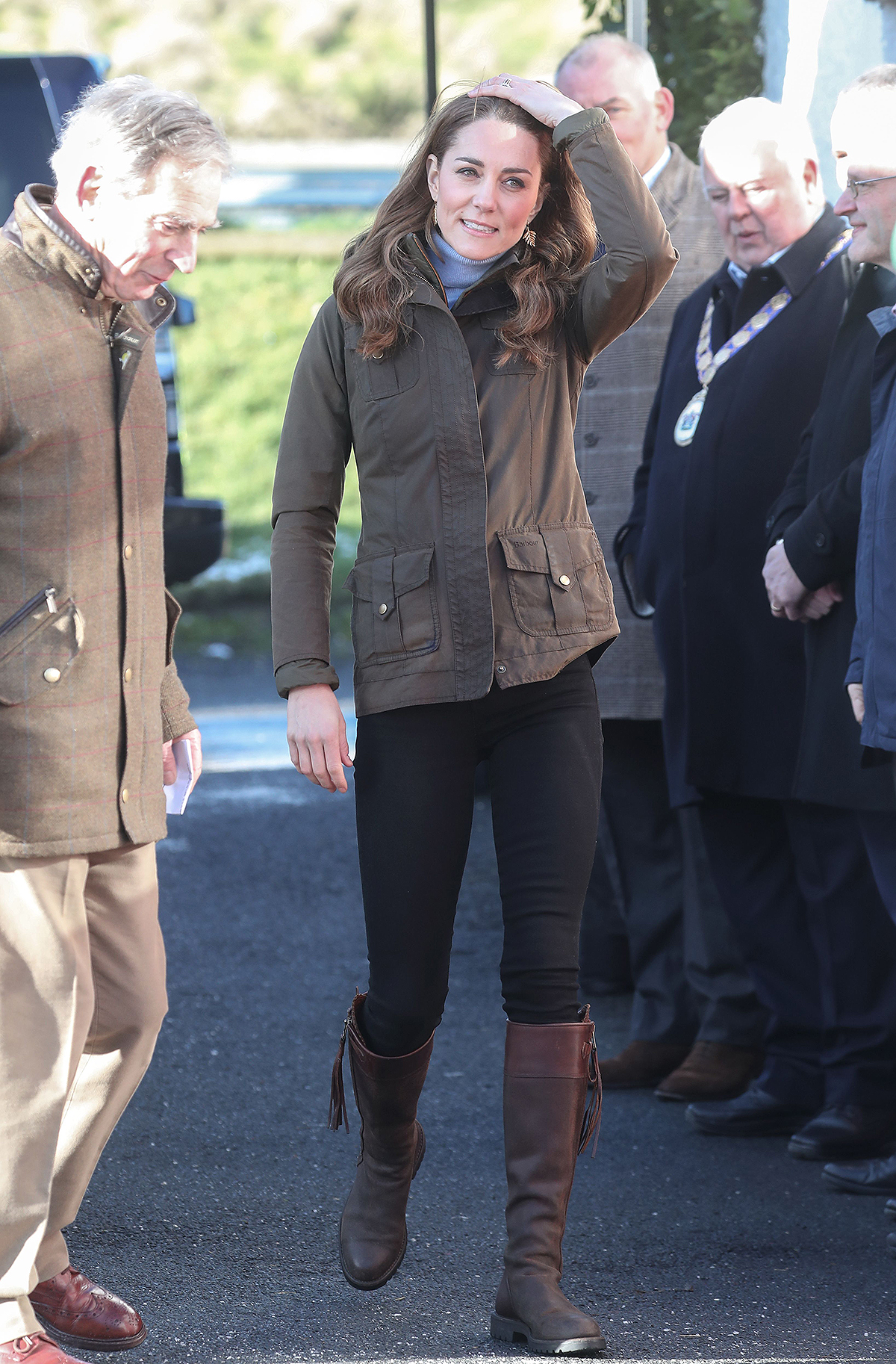 kate middleton riding boots