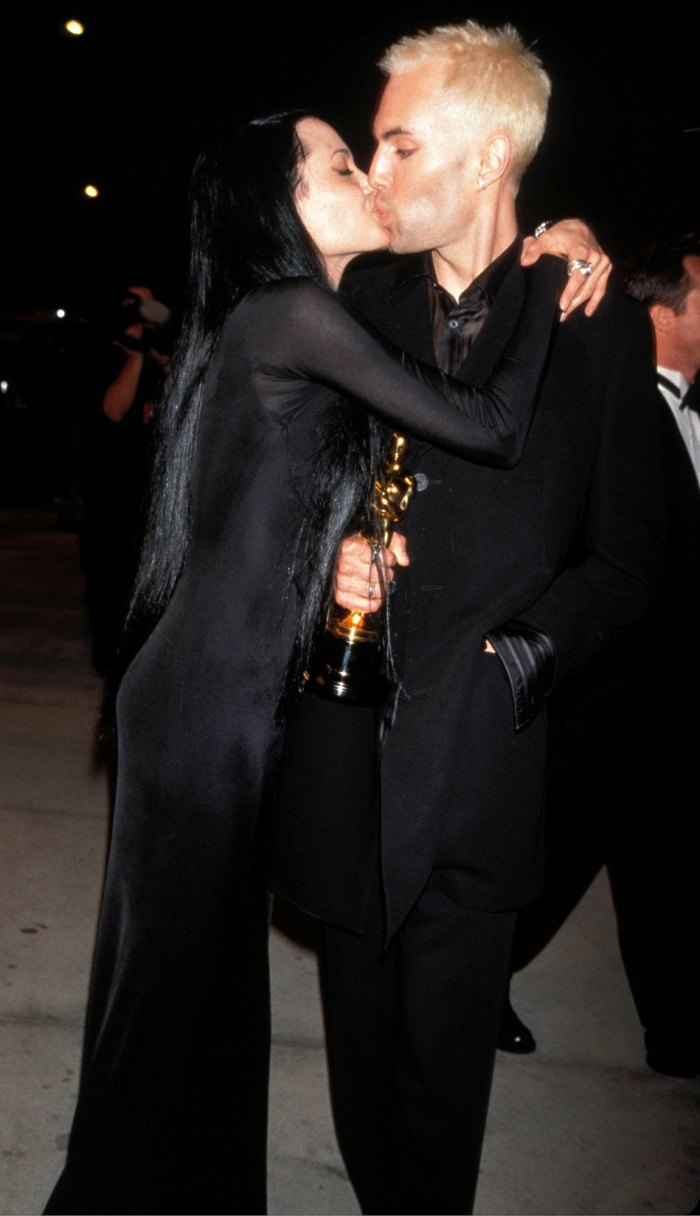 Angelina Jolie Oscar Kiss With Her Brother James Haven