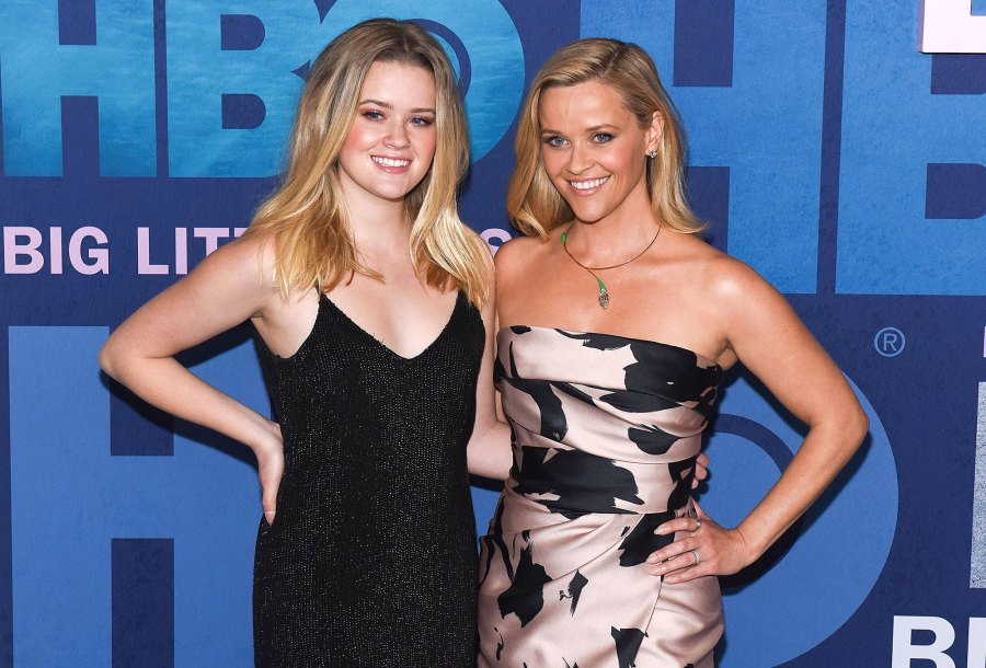 Ava Phillippe and Reese Witherspoon Going to College
