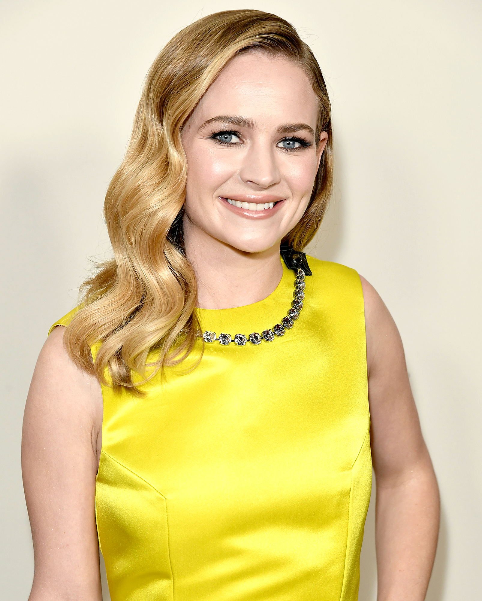 Britt-Robertson-What's-In-My-Bag