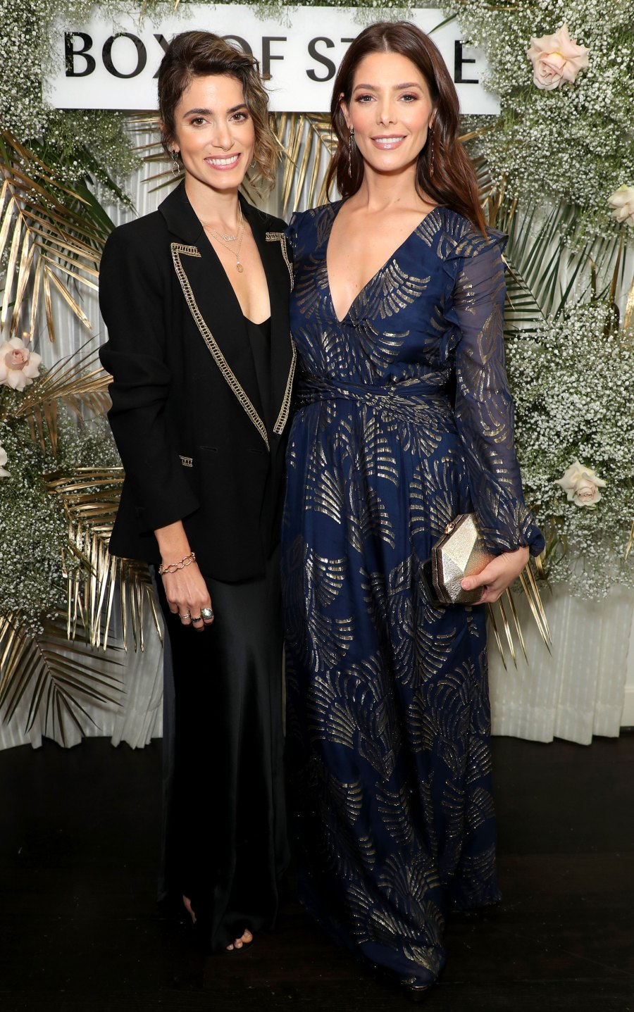 Nikki Reed Ashley Greene Costars Reunited Twilight