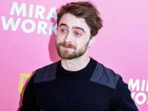 Daniel Radcliffe Has Hilarious Reaction Fake Coronavirus Rumor