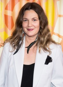 Watch Drew Barrymore's Beauty Tutorial About Coping During the Coronavirus