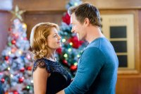 Hallmark Channels Christmas Movie Marathon What to Watch This Week While Social Distancing