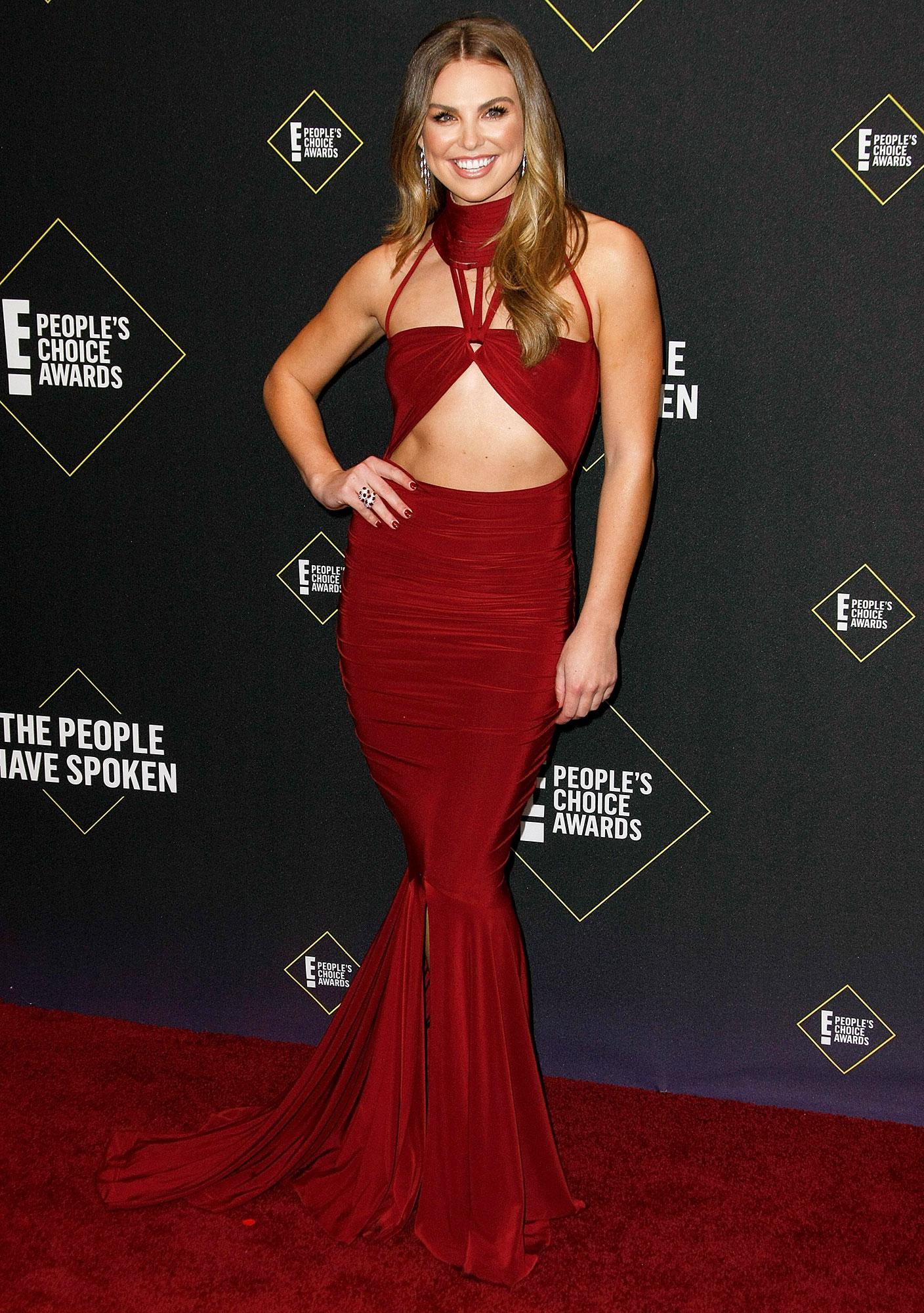 Hannah Brown Denies Making Light of the Coronavirus Pandemic Peoples Choice Awards Wearing Hamel