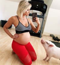 Jenna Cooper Baby Bump Working Out With Pet Pig