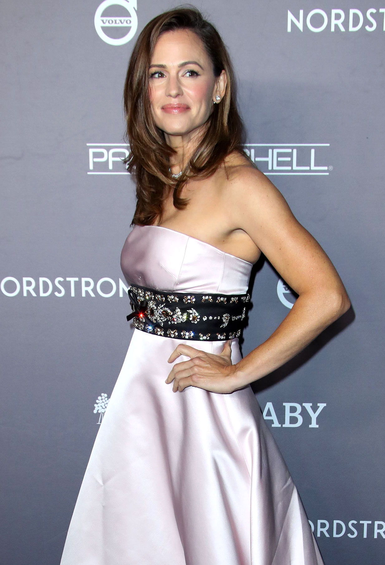 Jennifer Garner Doesnt Want Her Kids Meet Ex Ben Affleck Girlfriend Ana de Armas Yet