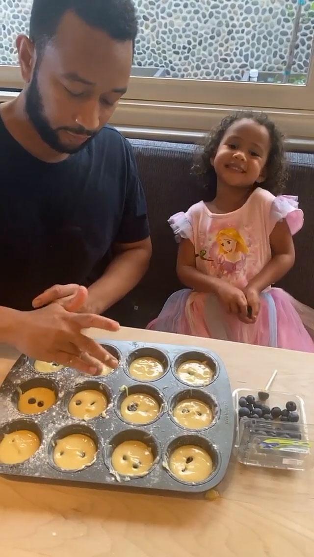 John Legend and Luna Blueberry Cupcakes Instagram Story