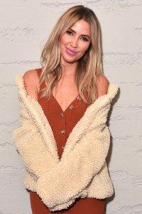 Kaitlyn Bristowe Bachelor Nation Rallies Around Tyler Cameron