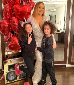 Mariah Carey's Twins Sing to Mom's Music While Washing Hands Amid Coronavirus Outbreak
