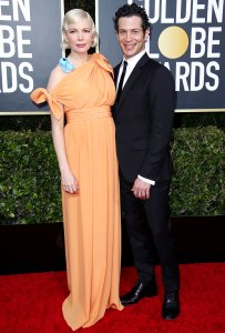 Pregnant Michelle Williams Thomas Kail Secretly Wed