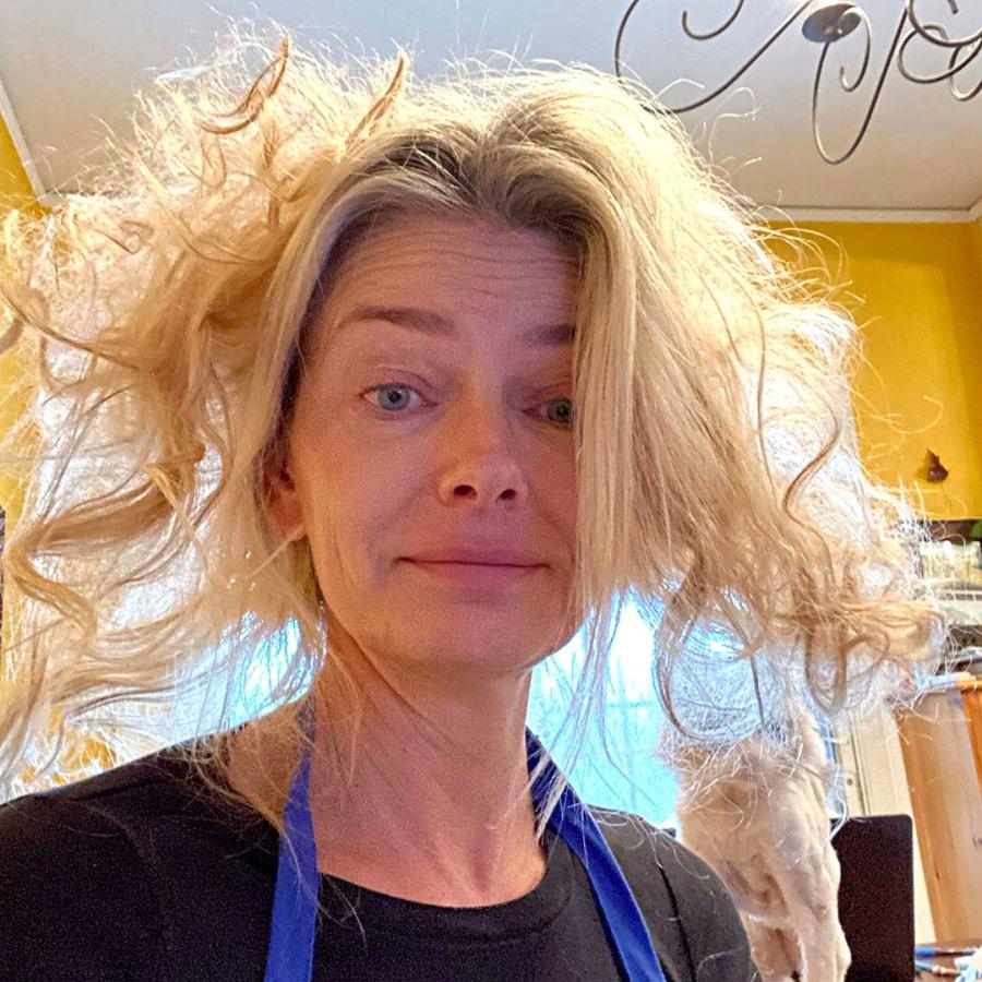 Paulina Porizkova Makeup-Free Is All of Us Self-Quarantining