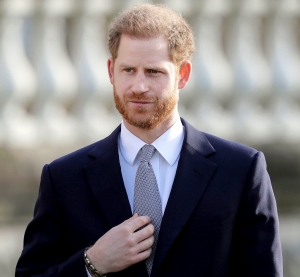 Prince Harry Is 'Overwhelmed With Guilt' Being Away From Royal Family Amid Pandemic