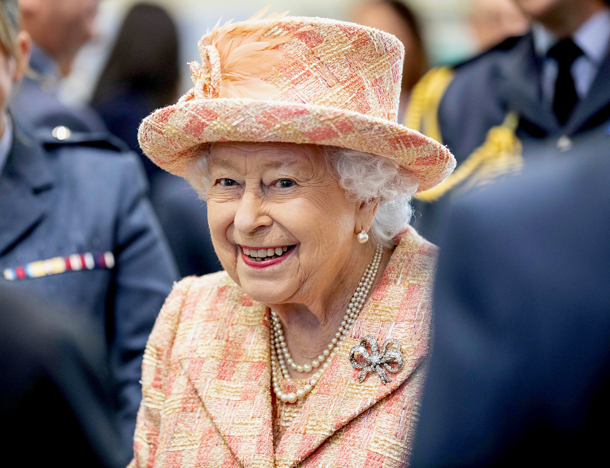 Queen Elizabeth II Is Healthy After Aid Contracts Coronavirus