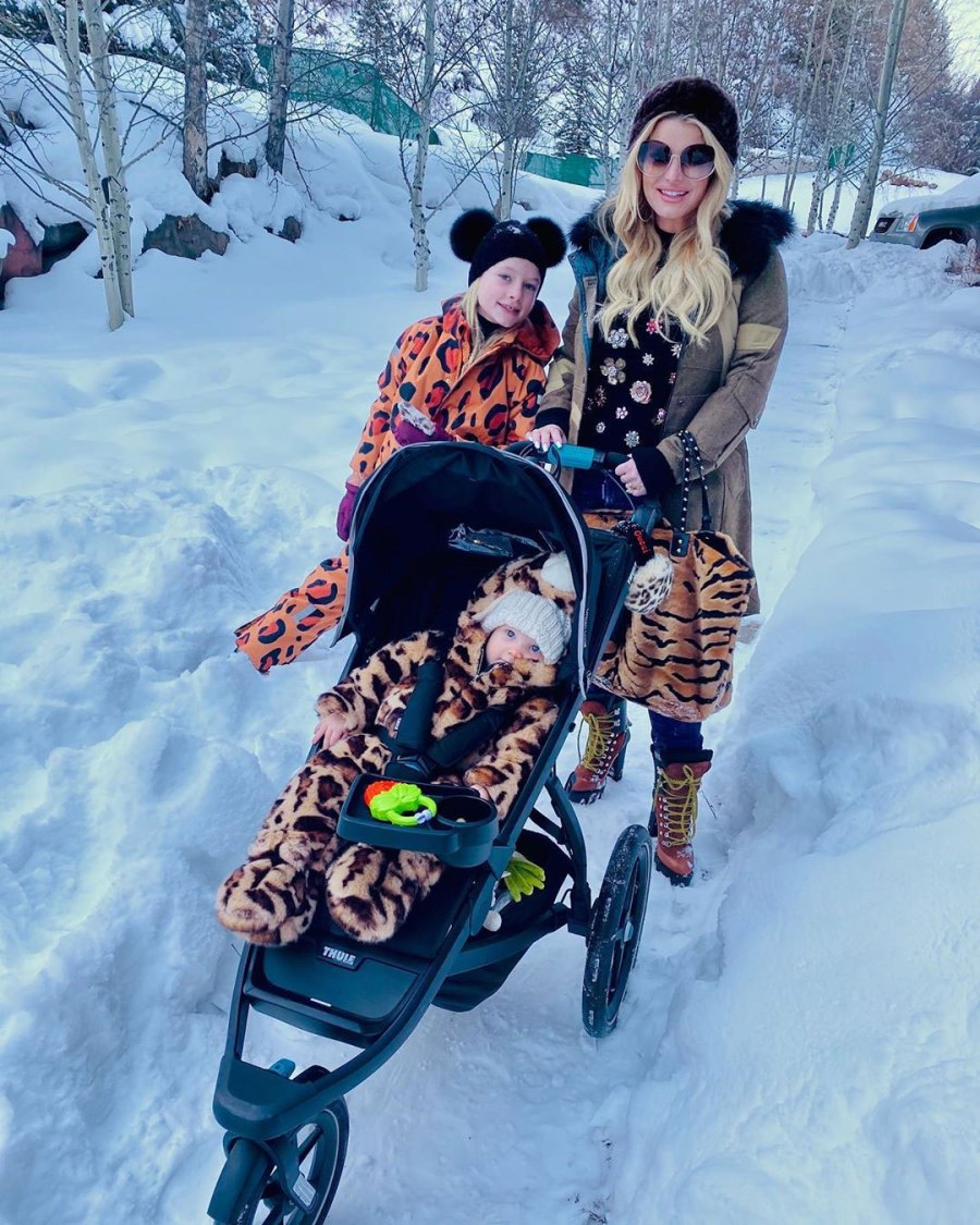 Snow Cute Jessica Simpson and Eric Johnson Daughter Birdie Cutest Pics