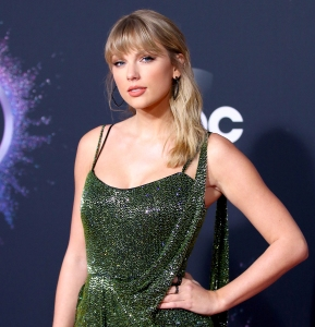 Taylor Swift Donates $1 Million to Help Fund Tennessee Tornado Relief