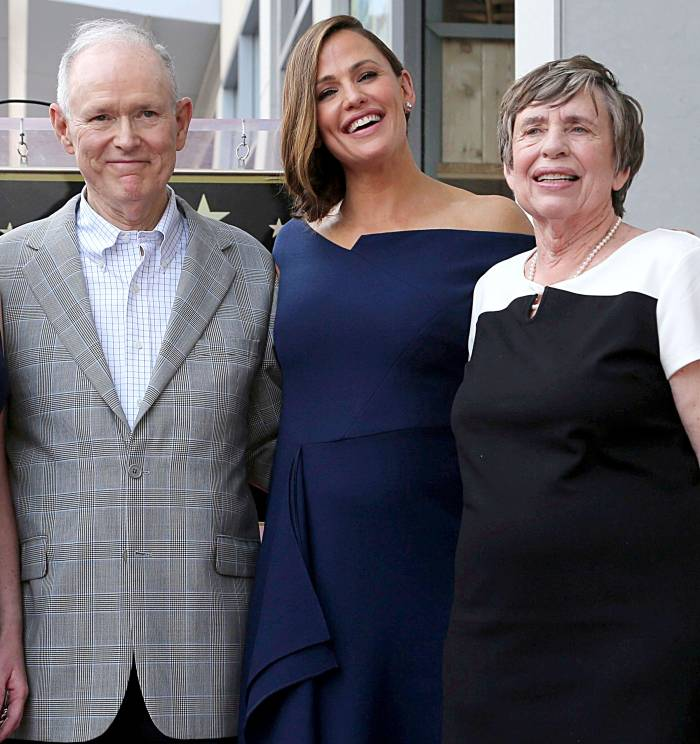 Why Jennifer Garner Is Annoyed With Her Parents Amid the Coronavirus Scare