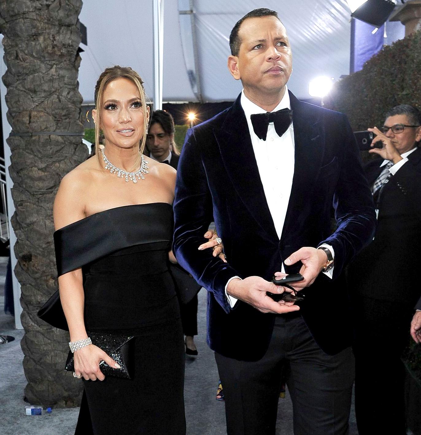 Alex Rodriguez Confirms His Wedding to Jennifer Lopez Pause Due to the Coronavirus Pandemic