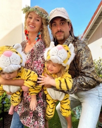 Jade Roper and Tanner Tolbert Dress Up With Kids in Tiger King costumes