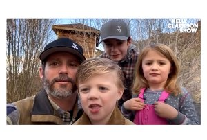 Kelly Clarkson Husband Kids Send Her Birthday Wishes Adorable Video
