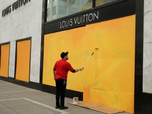 Luxury Retailers Are Boarding Up Store Fronts Amid Coronavirus Outbreak
