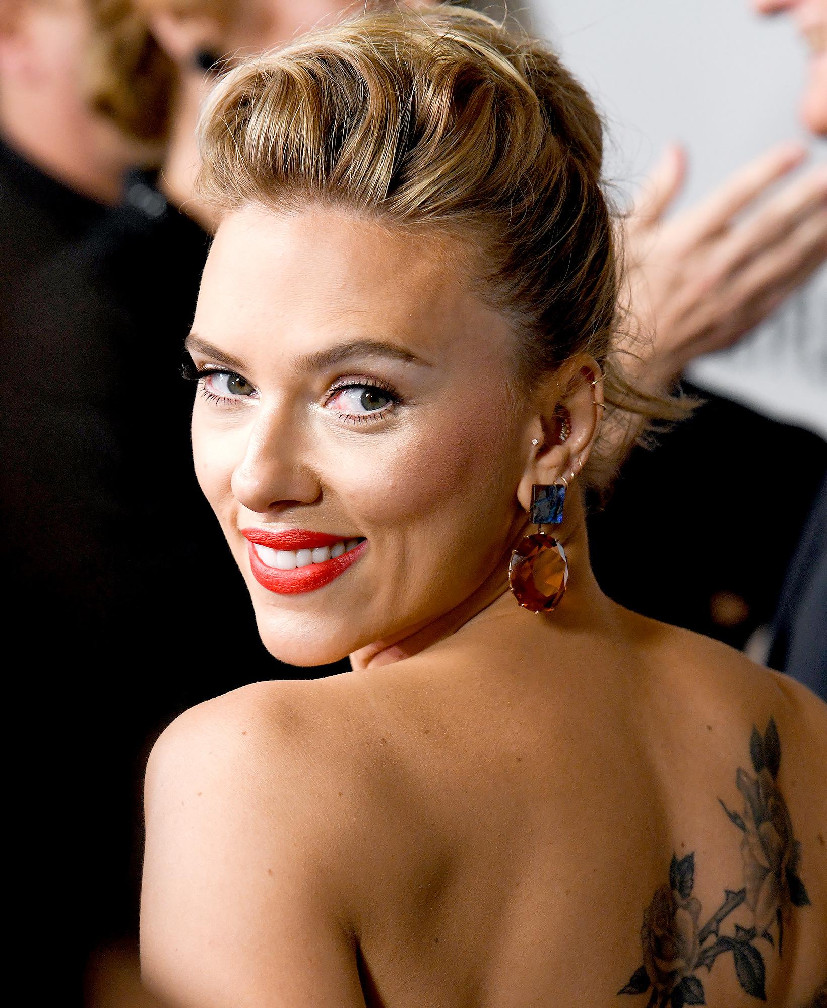 Scarlett Johansson Reveals 1 Thing She Colin Jost Disagree On