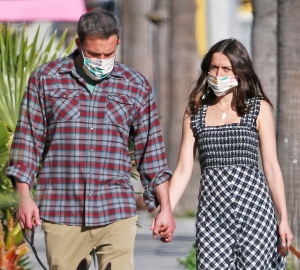 Ben Affleck and GF Ana de Armas Wear Matching Heart Necklaces