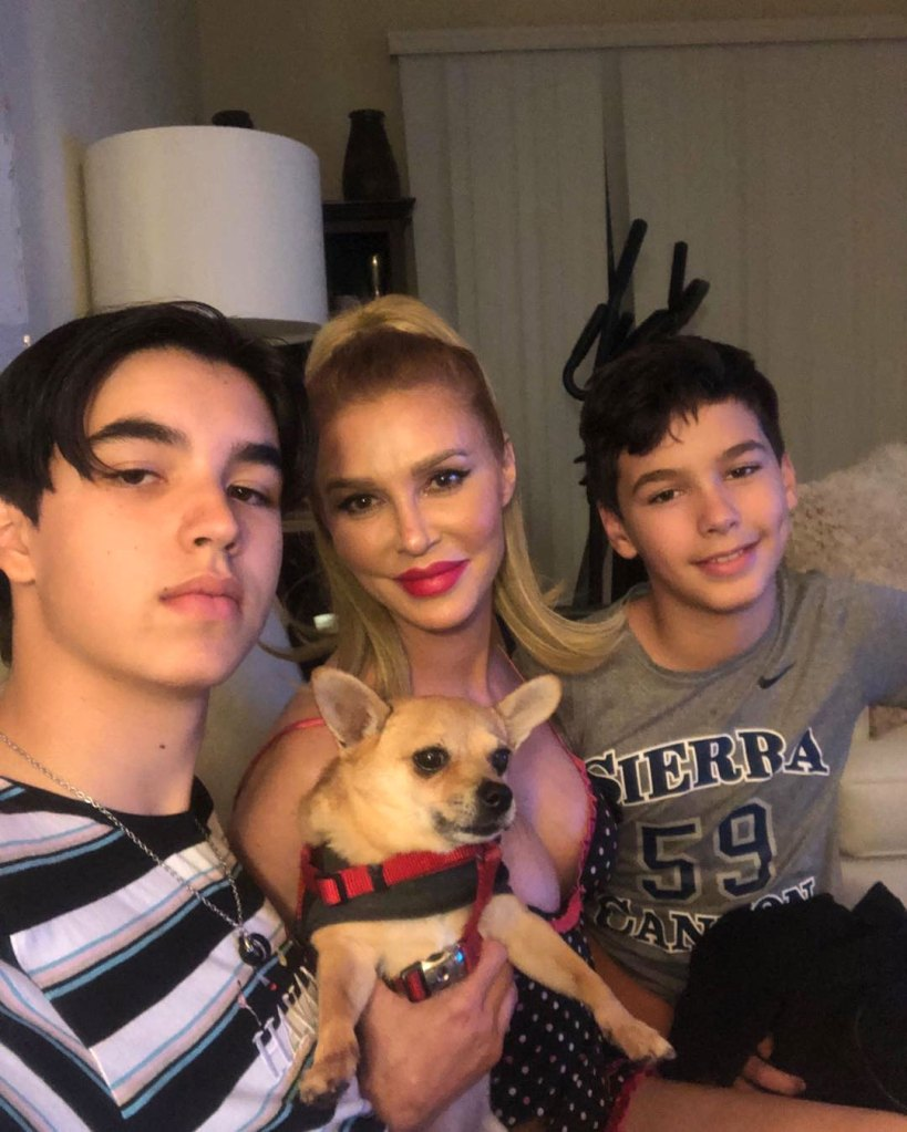Brandi Glanville Sprays Her Kids With Bleach and Water