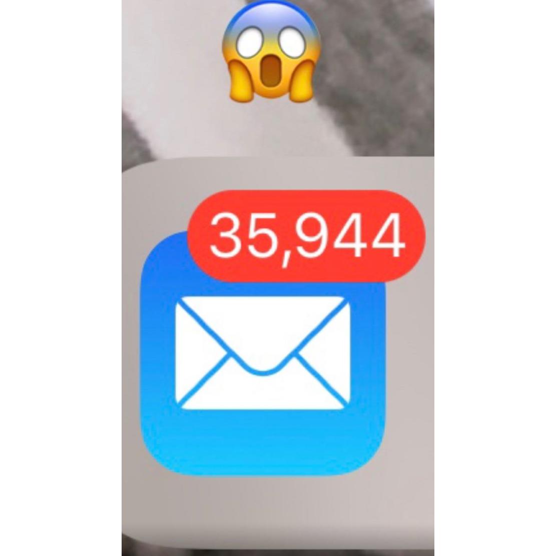 Chris Pratt Jack unread emails 2