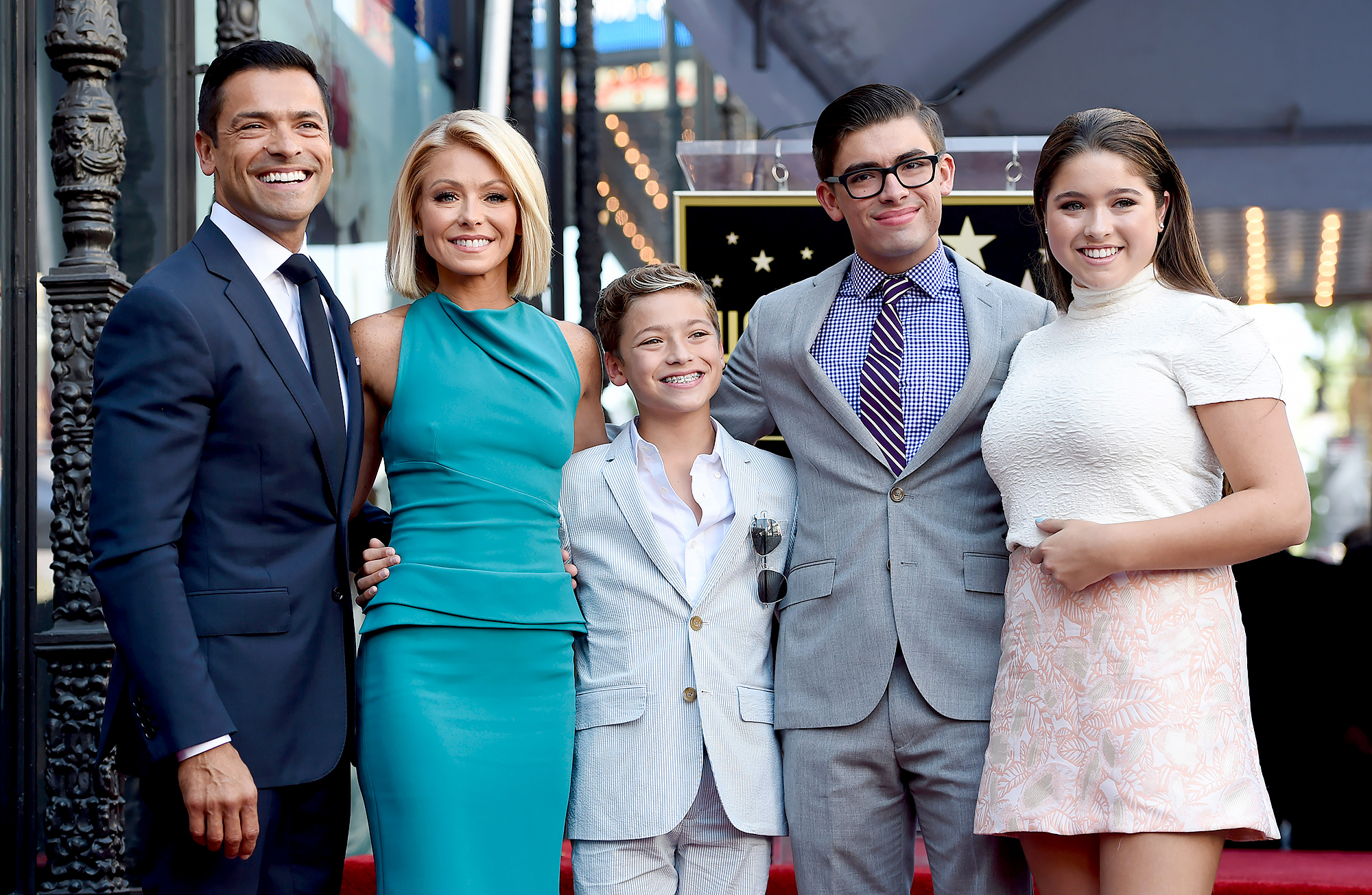 Kelly Ripa Mark Consuelos and Their Kids Have Been Quarantined in the Caribbean